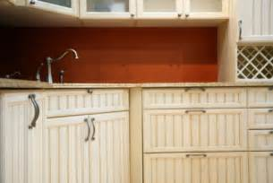 Beadboard Kitchen Cabinet Doors by Beadboard Cabinets Picture Improvementcenter Com