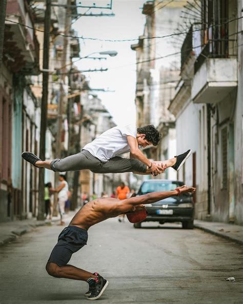 stunning portraits  agile ballet dancers   candid