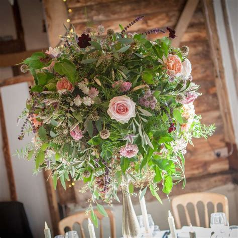 English Style Home Venue Decorating Wedding Flowers Gallery