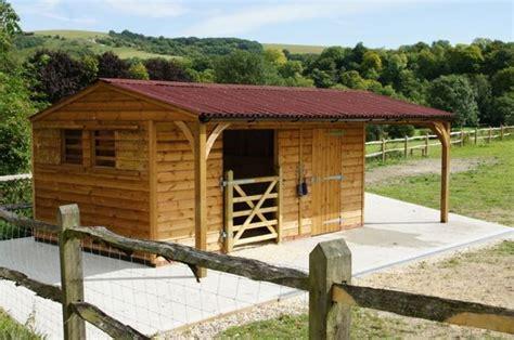 horse shelter ideas  pinterest diy horse