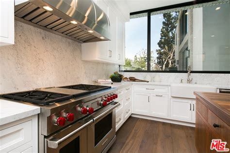 Jenner House Kitchen by Kendall Jenner Buys The West House Of