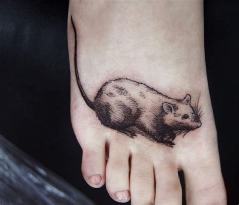simple rat tattoo ink