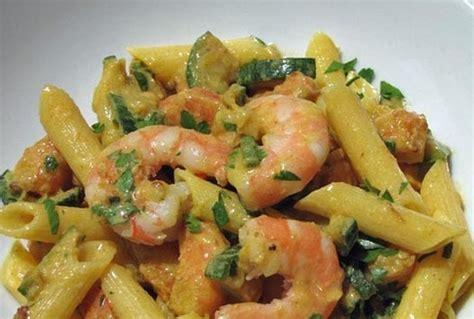 come cucinare zucchine e gamberetti pasta con zucchine e gamberetti ricetta da mytaste