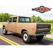1972 International Harvester 1210 Travelette 4&2154 Pickup