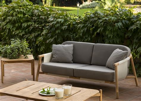 garden sofas h garden sofa contemporary garden furniture at go modern