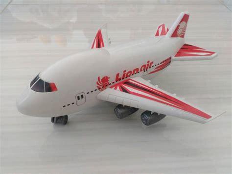 jual mainan pesawat garuda indonesia ijo daun