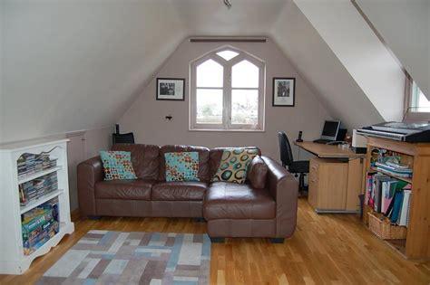 Bedroom Above Garage Uk 3 Bedroom Detached House For Sale In Addlestone Kt15
