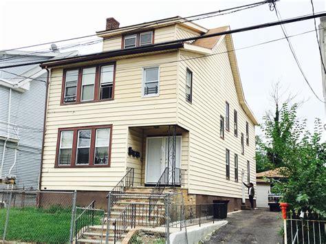 section  housing  apartments  rent  newark essex