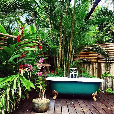 Backyard Bathtub by Cool Fresh Coconut Outdoor Bath Bridge This Week S Picks For Best Jamaica Instagram