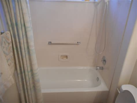 Walk In Bathtub Installation by Illinois Walk In Tubs Before And After Il Walk In Bathtubs