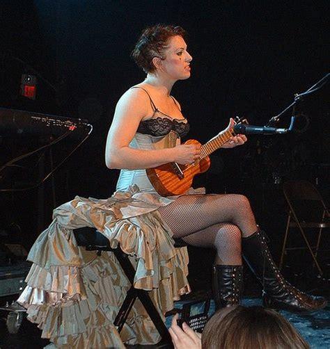 dwayne the rock johnson ukulele what a wonderful world 1000 images about famous people playing the uke on