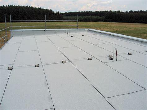 dach mit bitumenbahnen decken dachdecker sachsen dach decken lassen vom