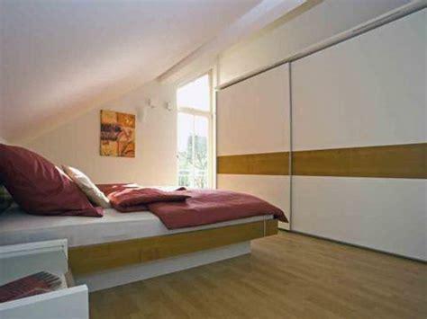 Schlafzimmer Mit Dachschrä Gestalten 4457 by Schlafzimmer Mit Dachschr 228 Ge Gestalten