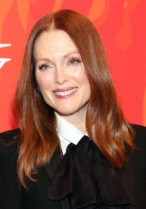 dors julianne moore have natural red hair is julianne moores hair naturally red is julianne moores