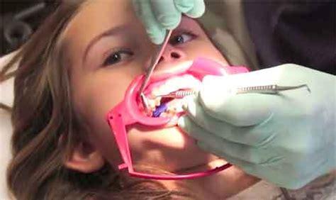 Daftar Pemutihan Gigi tips kecantikan dan kesehatan wanita new post has been