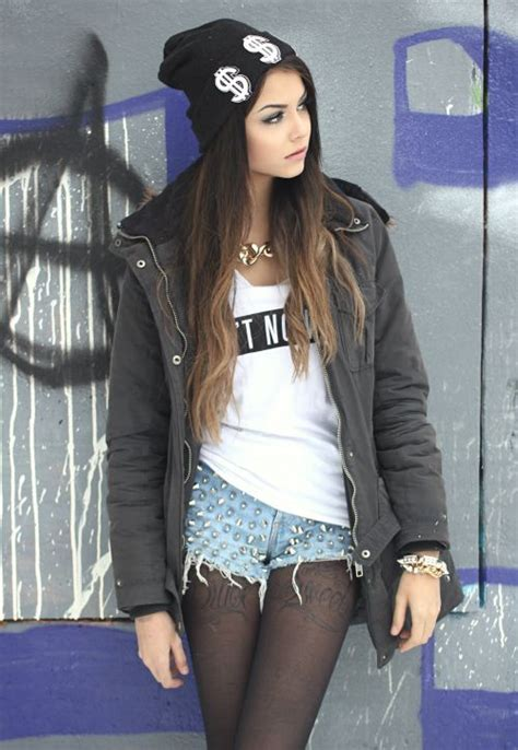 edgy urban cool hair on pinterest 86 pins cute beanie her makeup is pretty grunge punk