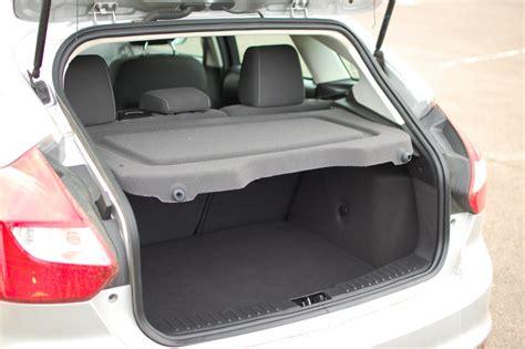 2012 ford focus sel hatchback seat covers 2012 ford focus se 5 door review motoring rumpus