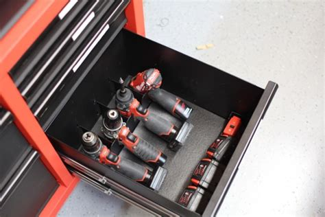 milwaukee   steel tool storage chest  cabinet