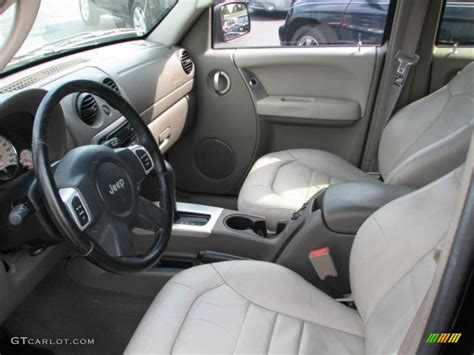 jeep liberty limited interior taupe interior 2002 jeep liberty limited photo 50363784