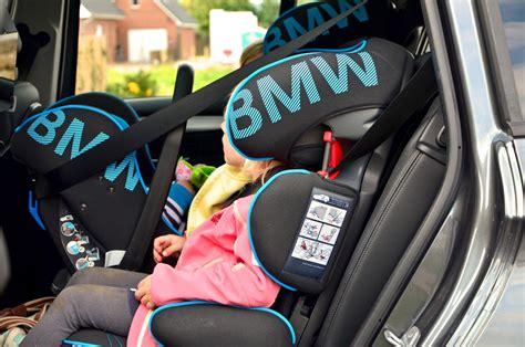 Bmw 2er Drei Kindersitze by Der Bmw 2er Gran Tourer Sch 246 Nes N 252 Tzliches Baby