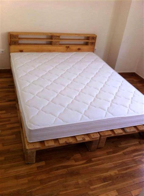 pallets bed frame 10 ideas about pallet bed frames 99 pallets