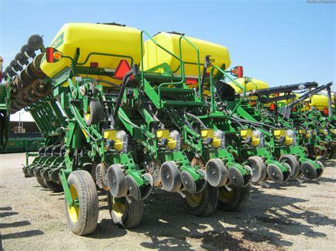 1790 Deere Planter by 2007 Deere 1790 Planting Seeding Planters