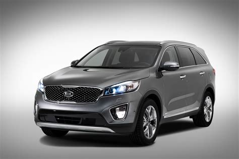 Kia New Sorento New 2015 Kia Sorento Revealed Pictures Auto Express