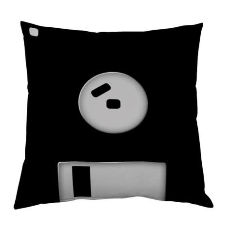 personnaliser coussin coussin disquette personnalisable decodeo