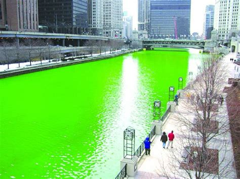 s day in oak san the chicago river is dyed green for the st s day