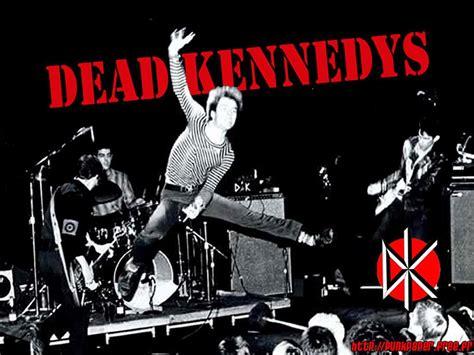 musik underground profil  dead kennedys