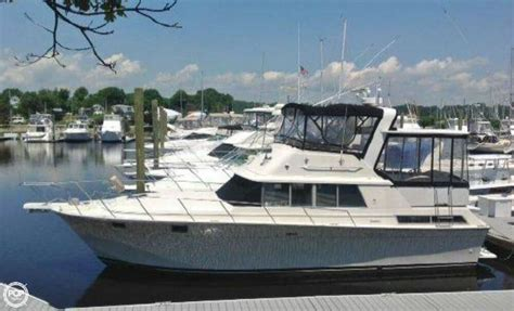 Silverton 40 Aft Cabin Review by 1989 Silverton 40 Westbrook Connecticut Boats