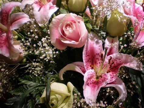 fiori bellissimi da regalare i bouquet di fiori di san valentino da regalare