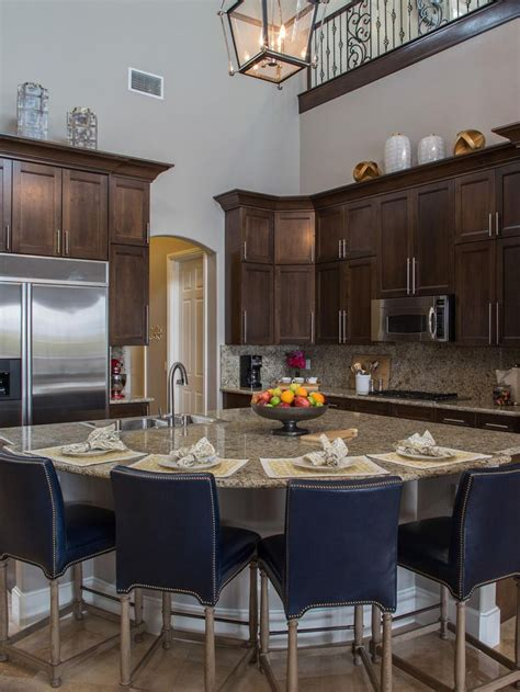 property brothers kitchen cabinets 301 best images about property brothers home on pinterest