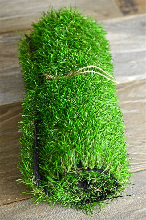 Faux Grass Mat by Faux Grass Mat 12x32