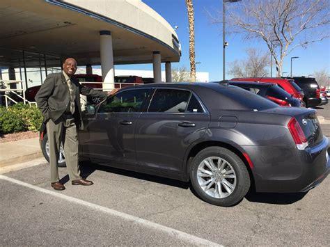 Chapman Chrysler Jeep Las Vegas by Chrysler 300 Steals Spotlight At Chapman Chrysler Jeep