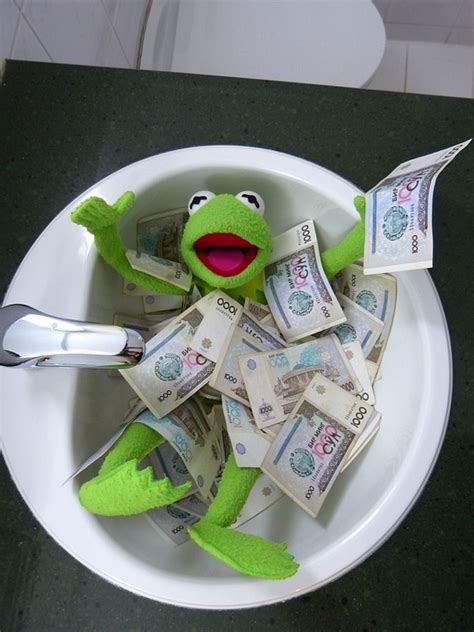 Free photo kermit frog money swim free image on pixabay 196498