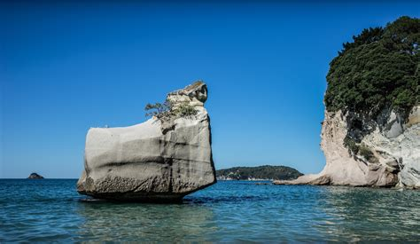 cove laptop desk cathedral cove wallpapers images photos pictures backgrounds
