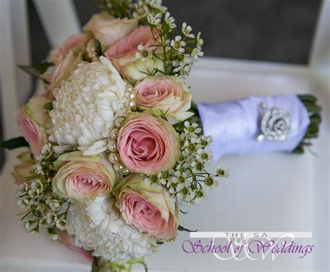 wedding flower arranging courses wedding and event flower arranging courses flower arranging classes