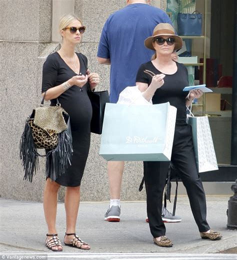 Get Hiltons Baby Bump Look For Less by Nicky Shows Baby Bump In Nyc With