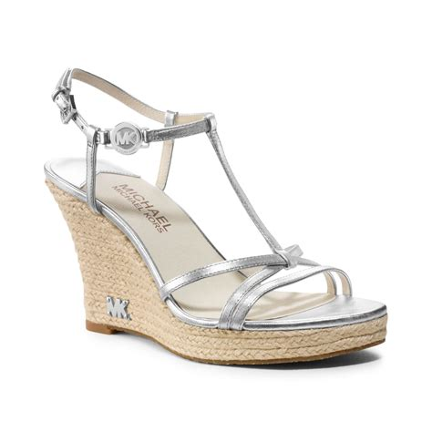 michael kors kami wedge sandal michael kors womens shoes kami t wedge sandals in