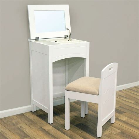Small Makeup Vanity Desk 25 Best Ideas About Small Vanity Table On Pinterest Small Dressing Table Makeup Dressing