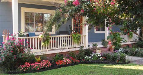 desain taman bunga depan rumah contoh desain taman bunga untuk halaman depan rumah masa