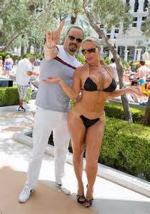 Coco And T T Coco At Venus Pool Club At Caesars Palace In Las Vegas