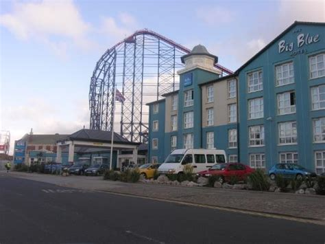 big blue hotel picture of big blue hotel blackpool