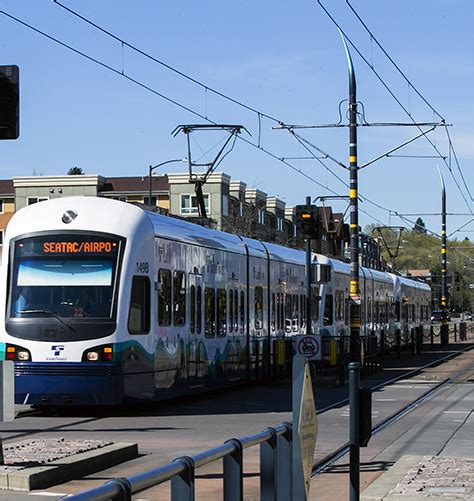 pay light rail sound transit ceo suburbs should help pay for second