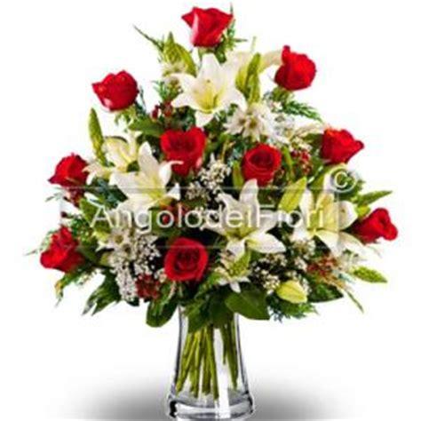 fiori particolari da regalare fiori e composizioni floreali per natale a domicilio