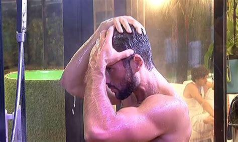 grande fratello doccia grande fratello 14 in diretta dalla casa le docce pi 249