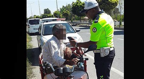 alkollue motosiklet sueruecuesue trafik ekiplerinden kacamadi