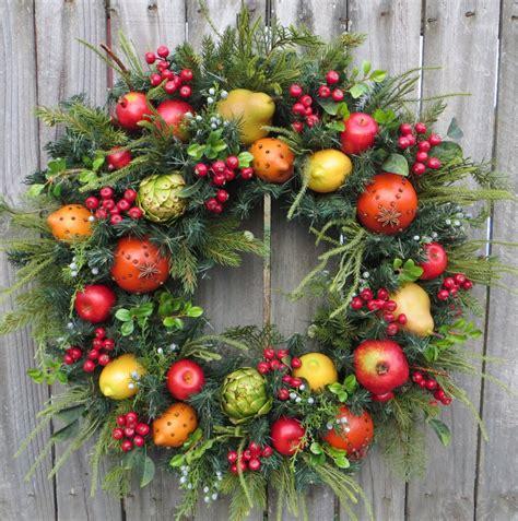 vogue living christmas wreath williamsburg fruit decorations www indiepedia org
