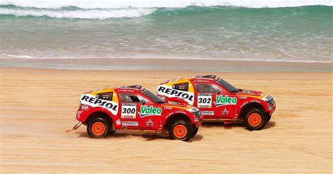 Kaos Rally Dakar Mitsubishi Pajero mitsubishi pajero king of desert
